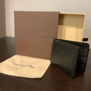 Louis Vuitton wallet 🖤🤍🖤🤍
